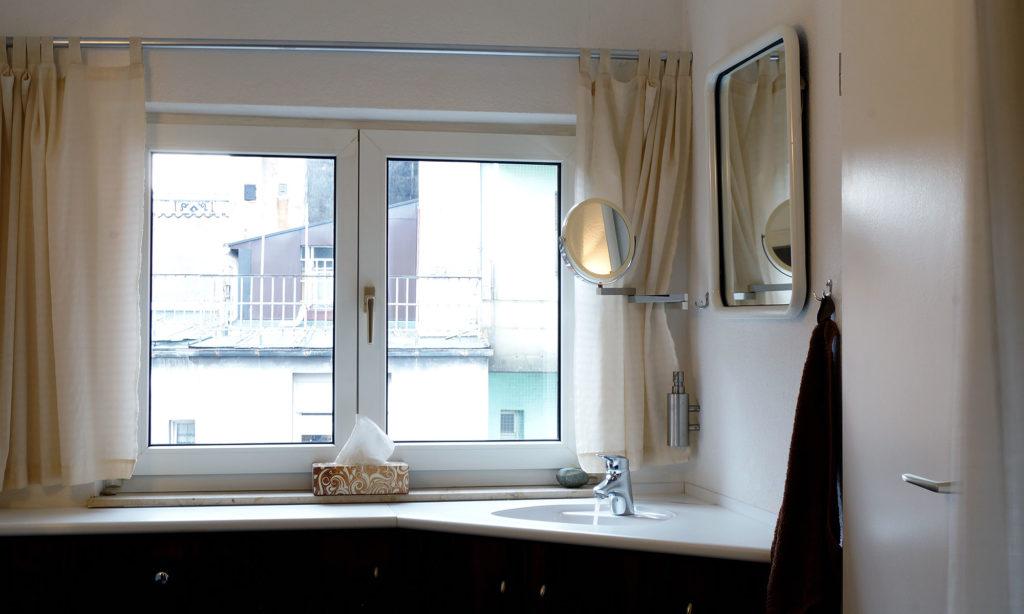 Waschtisch im Bad Vorraum